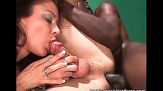 Awesome bisexual threesome chapter