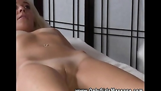 Lesbian masseuse has her pussy sucked by her purchaser